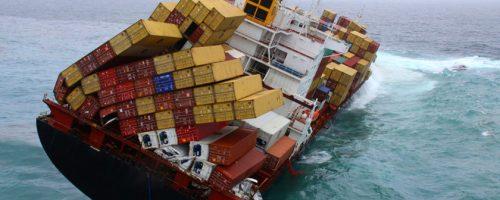 contenedores y mercancía